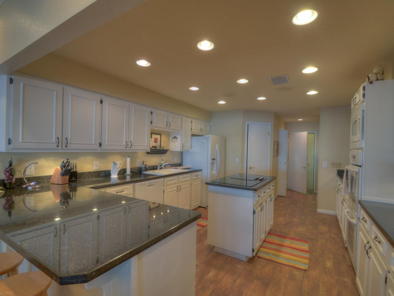 Additional photo for property listing at 1103 The Cape  Horseshoe Bay, Texas 78657 United States