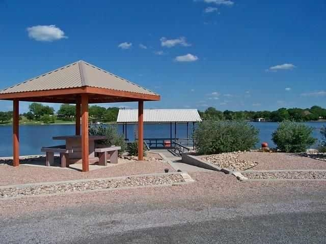 Additional photo for property listing at Heron  Highland Haven, Texas 78654 Estados Unidos