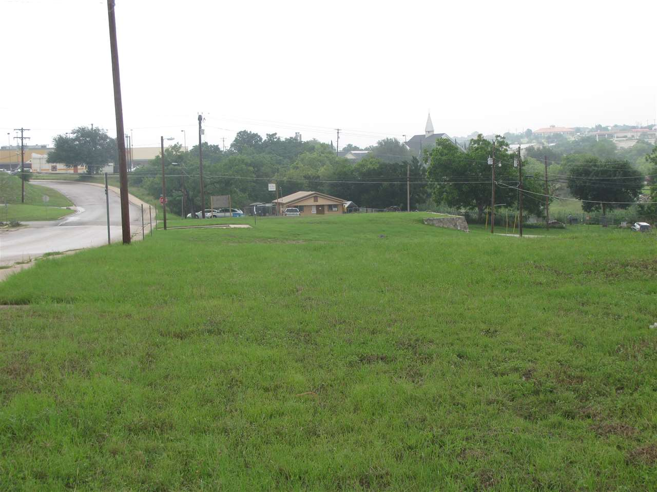 Comercial por un Venta en Ave. N and Broadway Marble Falls, Texas 78654 Estados Unidos