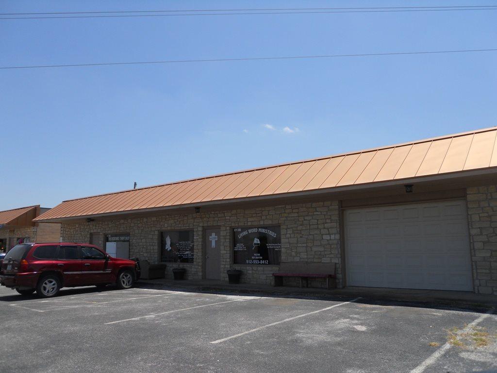 Additional photo for property listing at 803 Buchanan  Burnet, Texas 78611 Estados Unidos