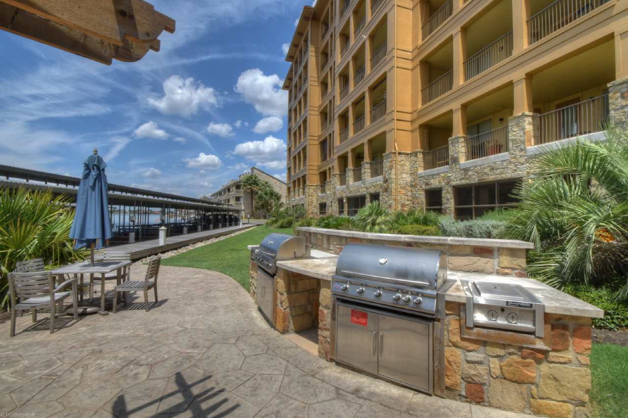 Additional photo for property listing at 1000 The Cape Unit #63  Horseshoe Bay, Texas 78657 Estados Unidos