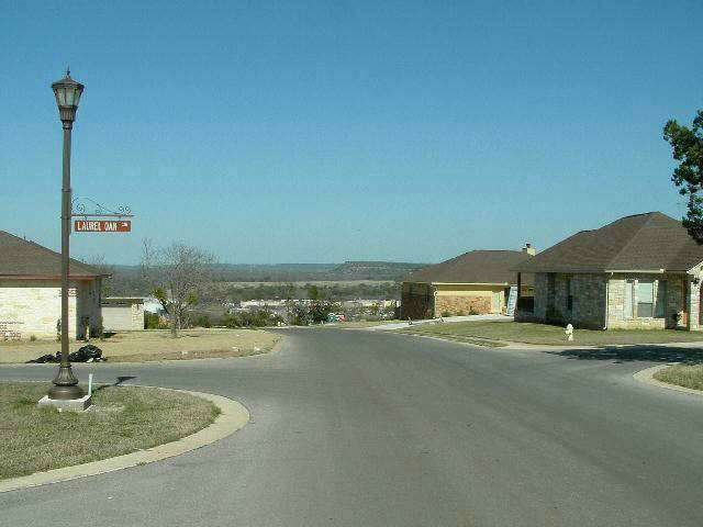 Additional photo for property listing at 800 Four Oaks Lane Lane  Marble Falls, Texas 78654 United States