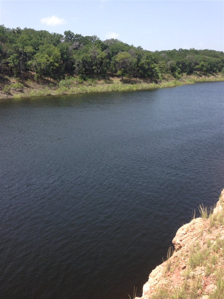 Additional photo for property listing at 26707 Blue Cove Road  Marble Falls, Texas 78654 United States