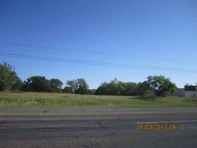 Additional photo for property listing at 15300 E Hwy 29  Buchanan Dam, Texas 78609 Estados Unidos