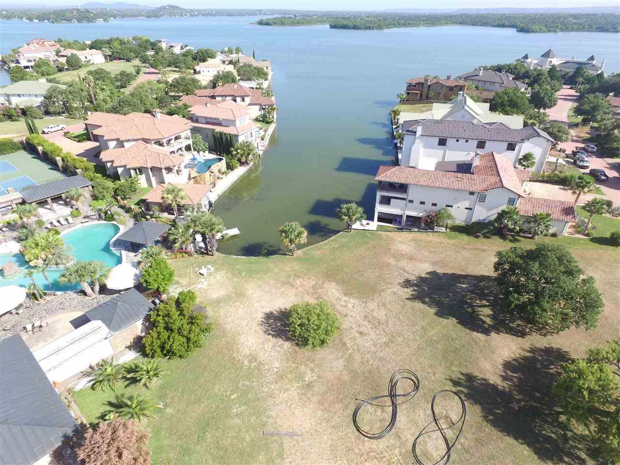 Additional photo for property listing at Lots 9 & 10 Applehead Island Drive  Horseshoe Bay, Texas 78657 Estados Unidos