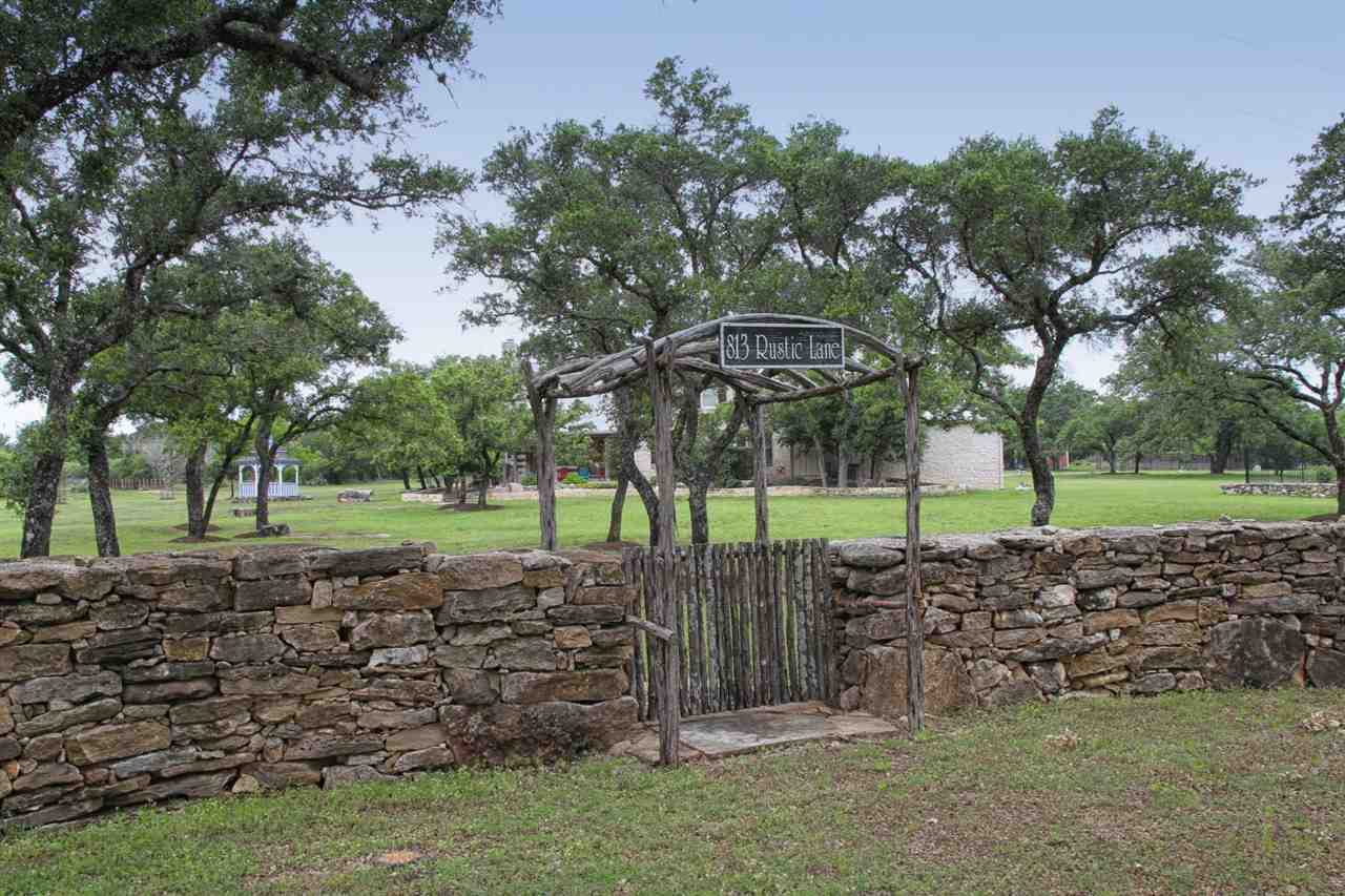 Additional photo for property listing at 813 Rustic Lane 813 Rustic Lane Spicewood, Texas 78669 United States