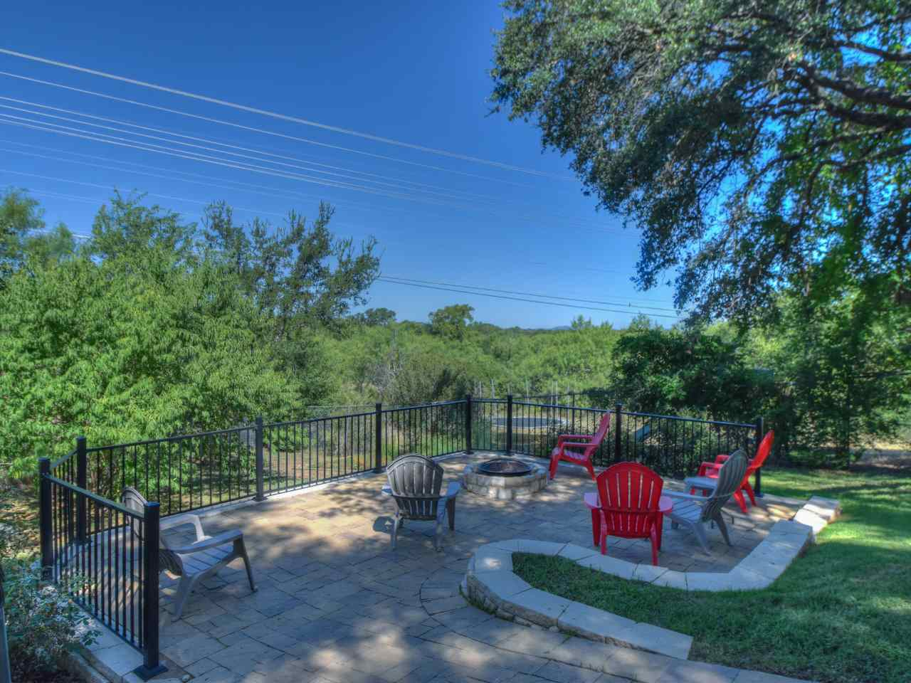 Additional photo for property listing at 806 Hi Circle West  Horseshoe Bay, Texas 78657 Estados Unidos