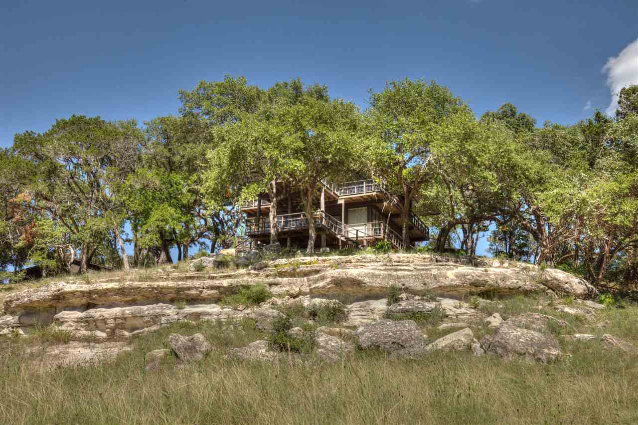 Additional photo for property listing at 400 CR 1492 Road  Wimberley, Texas 78676 United States
