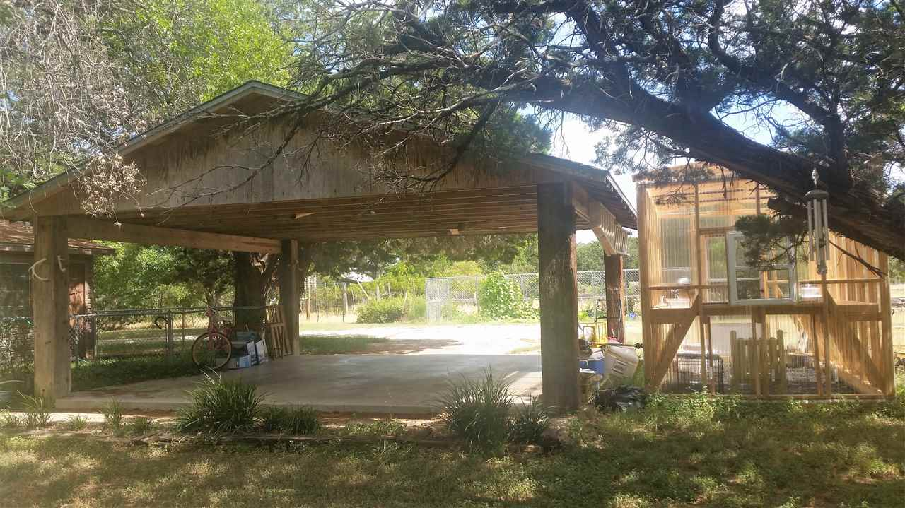 Additional photo for property listing at 2507 BCR 111  Lampasas, Texas 76550 Estados Unidos