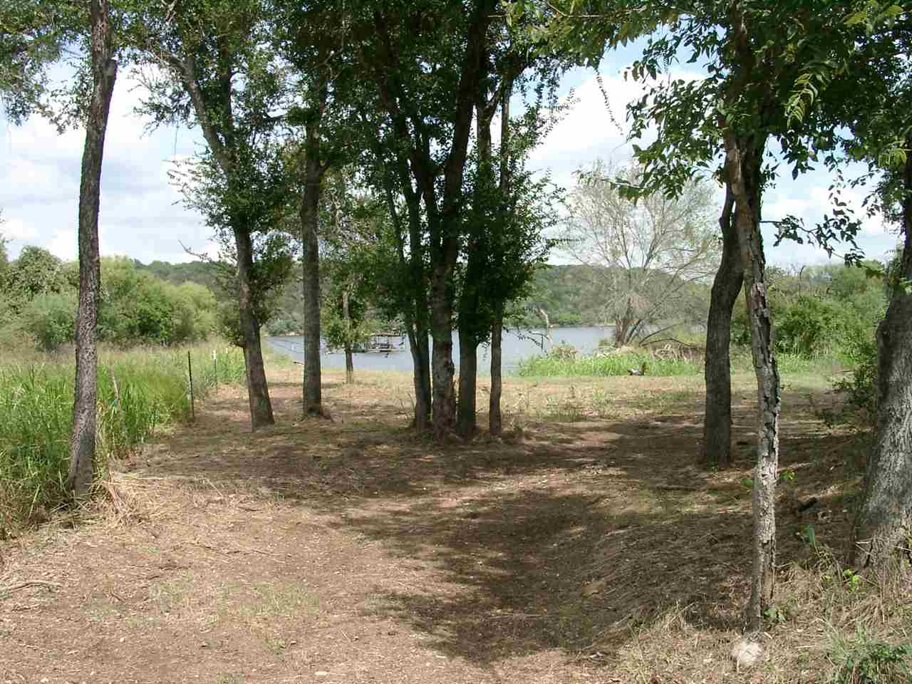 Additional photo for property listing at 797 Glendale Road  Spicewood, Texas 78654 United States