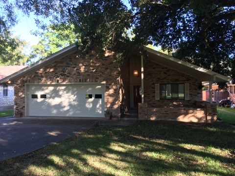Single Family Home for Sale at 121 Chaparral Drive Highland Haven, Texas 78654 United States