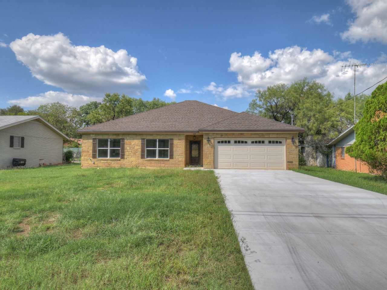 Casa Unifamiliar por un Venta en 108 W Heron Highland Haven, Texas 78654 Estados Unidos