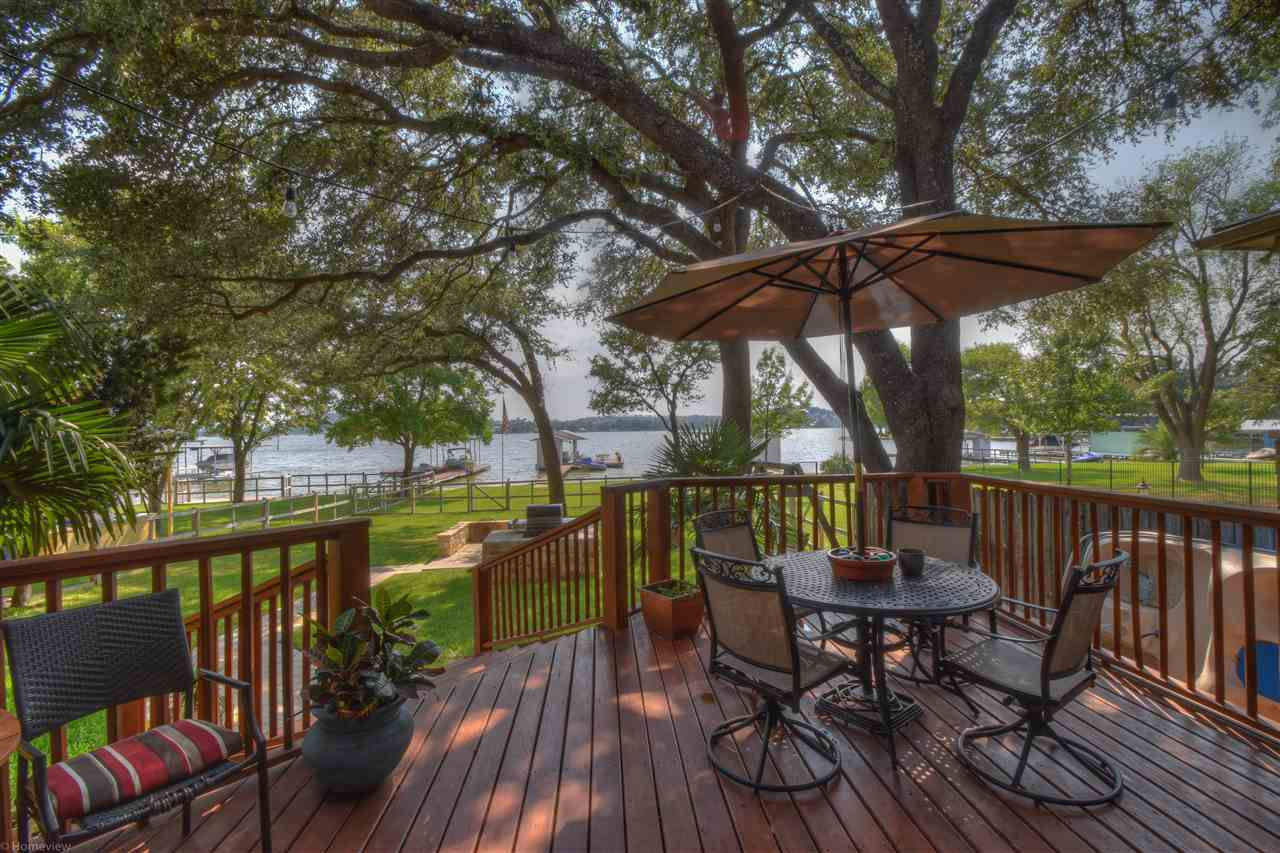 Single Family Home for Sale at 338 E Lakeshore Drive Sunrise Beach, Texas 78643 United States