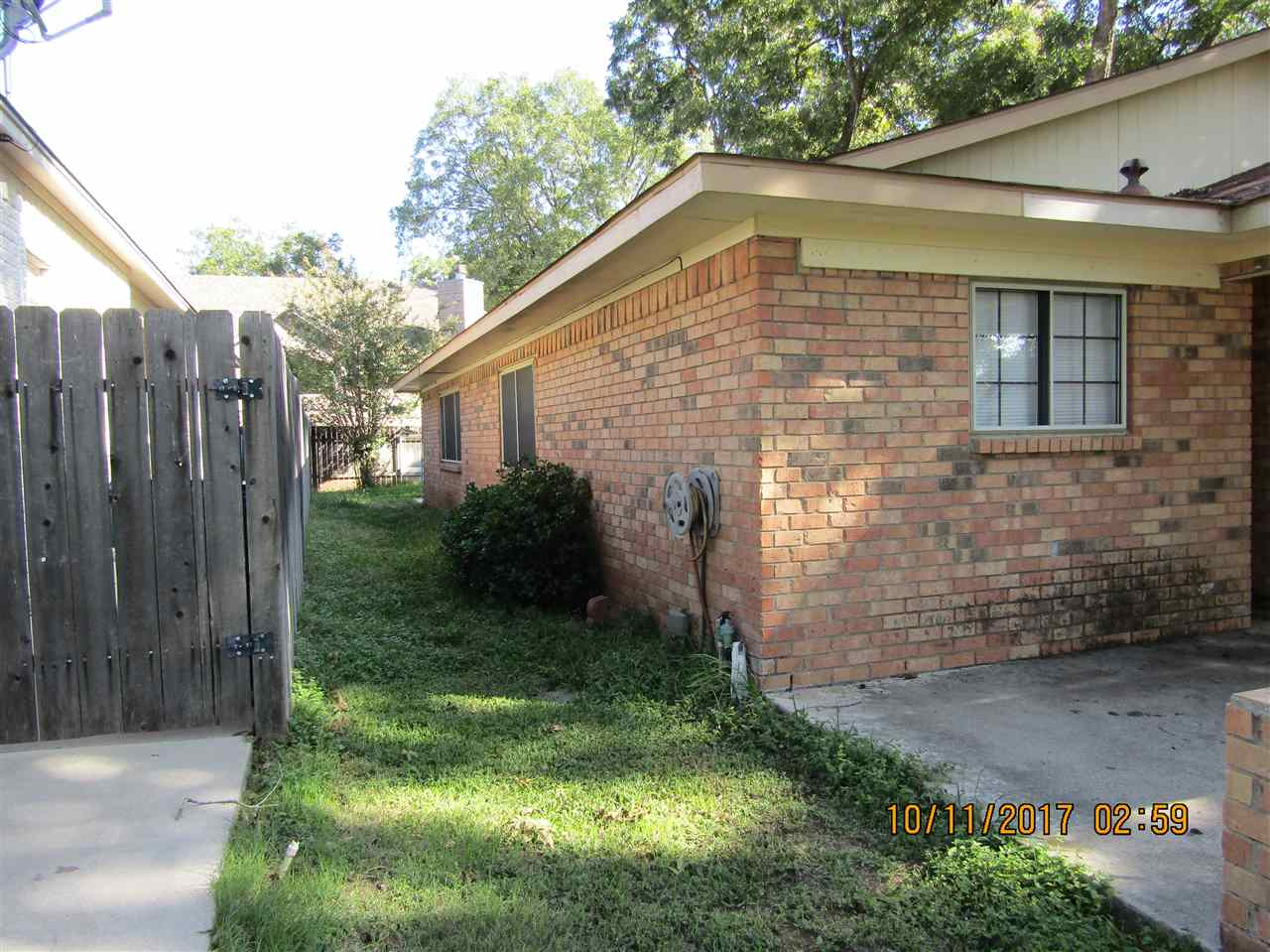 Additional photo for property listing at 283 Turkey Run 283 Turkey Run Meadowlakes, Texas 78654 United States