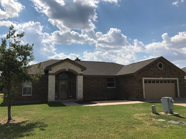 Single Family Home for Sale at 136 Marion 136 Marion Meadowlakes, Texas 78654 United States