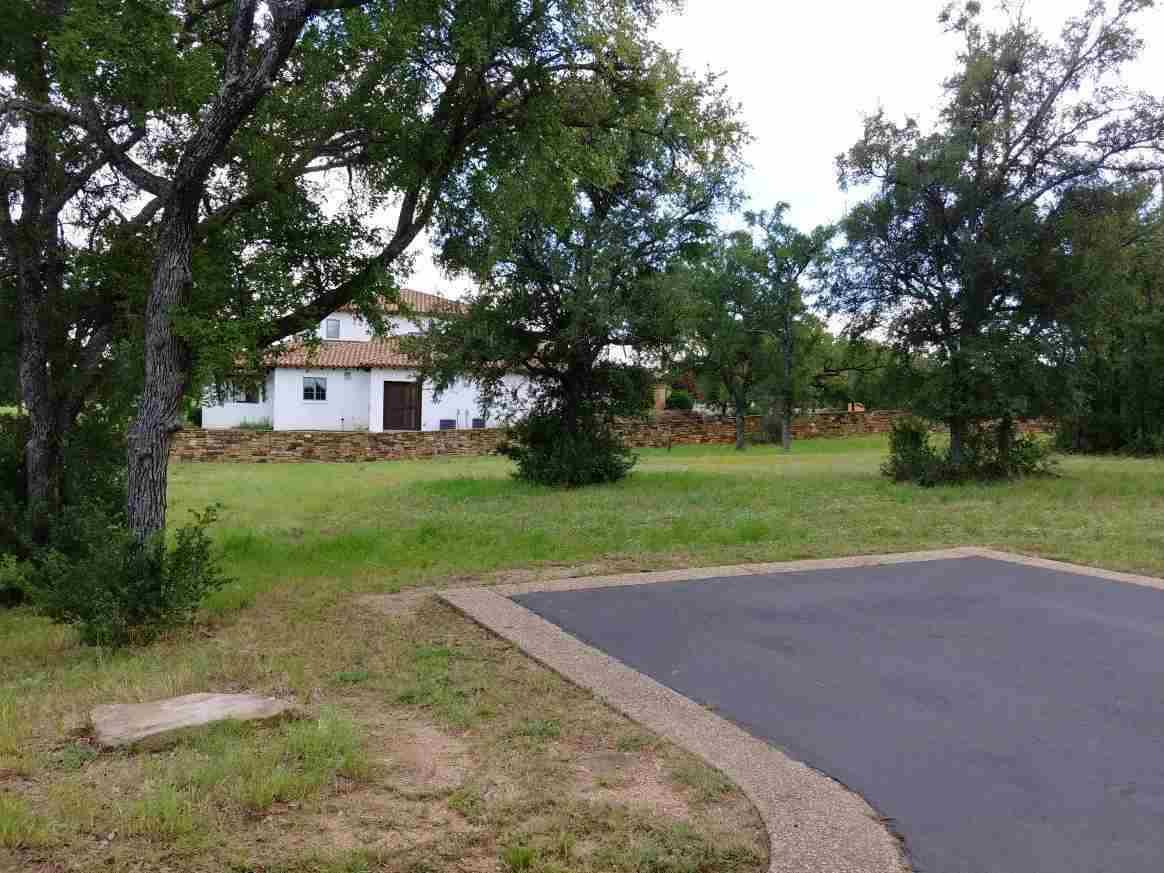 Additional photo for property listing at C-2 Los Puertas C-2 Los Puertas Horseshoe Bay, Texas 78657 Estados Unidos