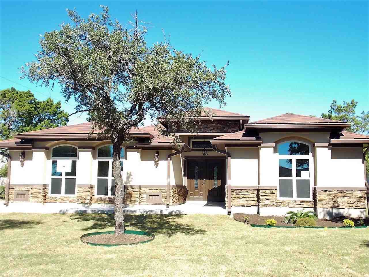 Casa Unifamiliar por un Venta en 212 Knights Row Views 212 Knights Row Views Cottonwood Shores, Texas 78657 Estados Unidos