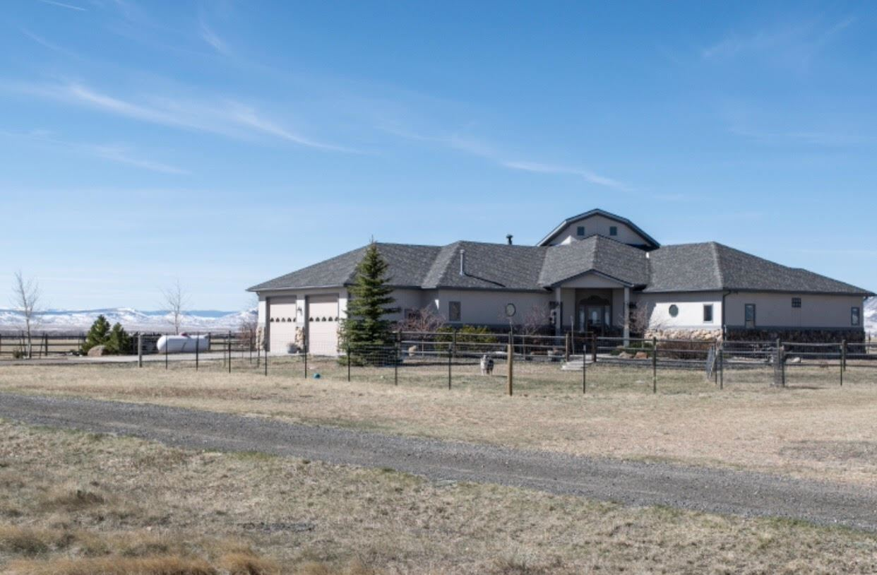 20 River Ridge Road, Laramie, WY 82070