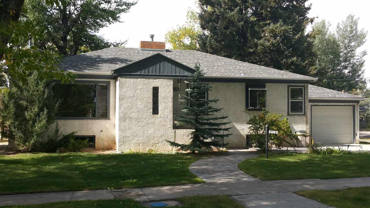 802 S 12th Street, Laramie, WY 82070
