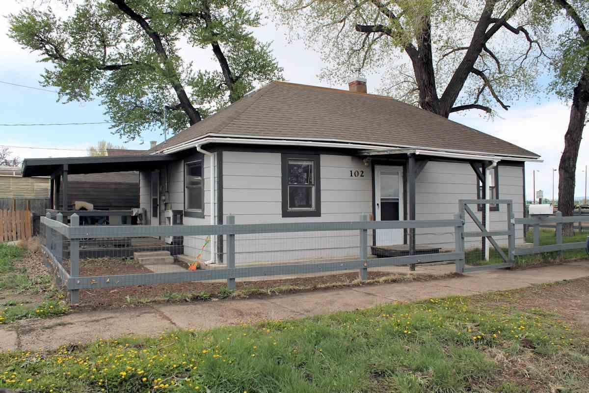 102 Ord St, Laramie, WY 82070