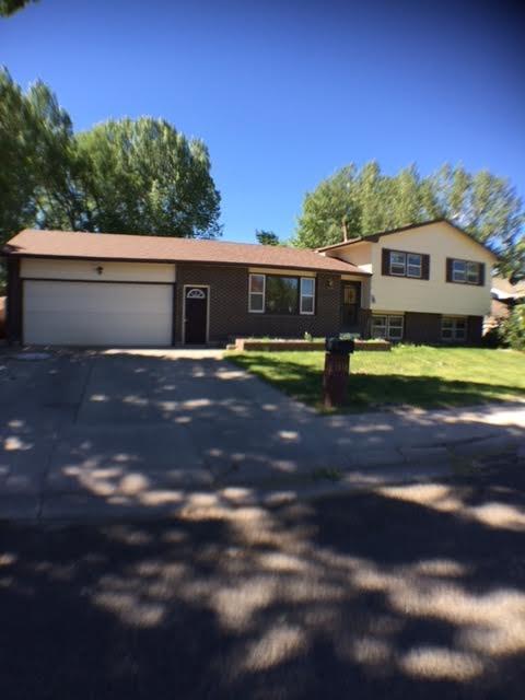 1518 ARNOLD STREET, Laramie, WY 82070
