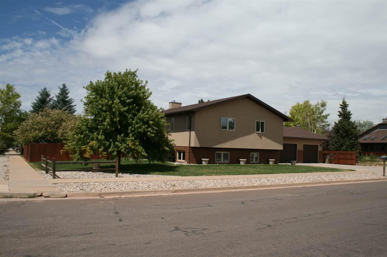 1562 Inca Drive, Laramie, WY 82072