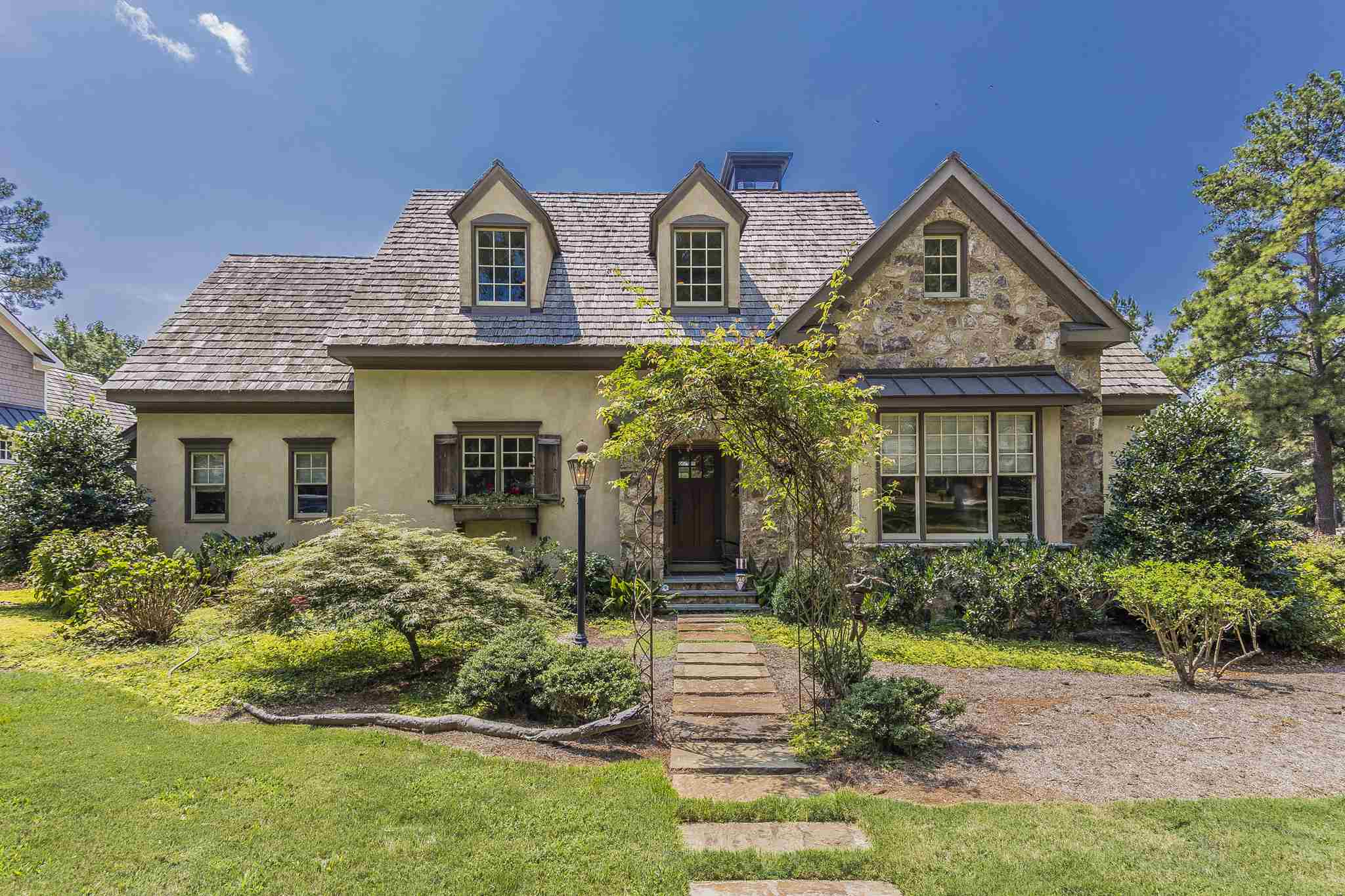 154 LONG LEAF LANE, Lake Oconee in Putnam County, GA 31024 Home for Sale