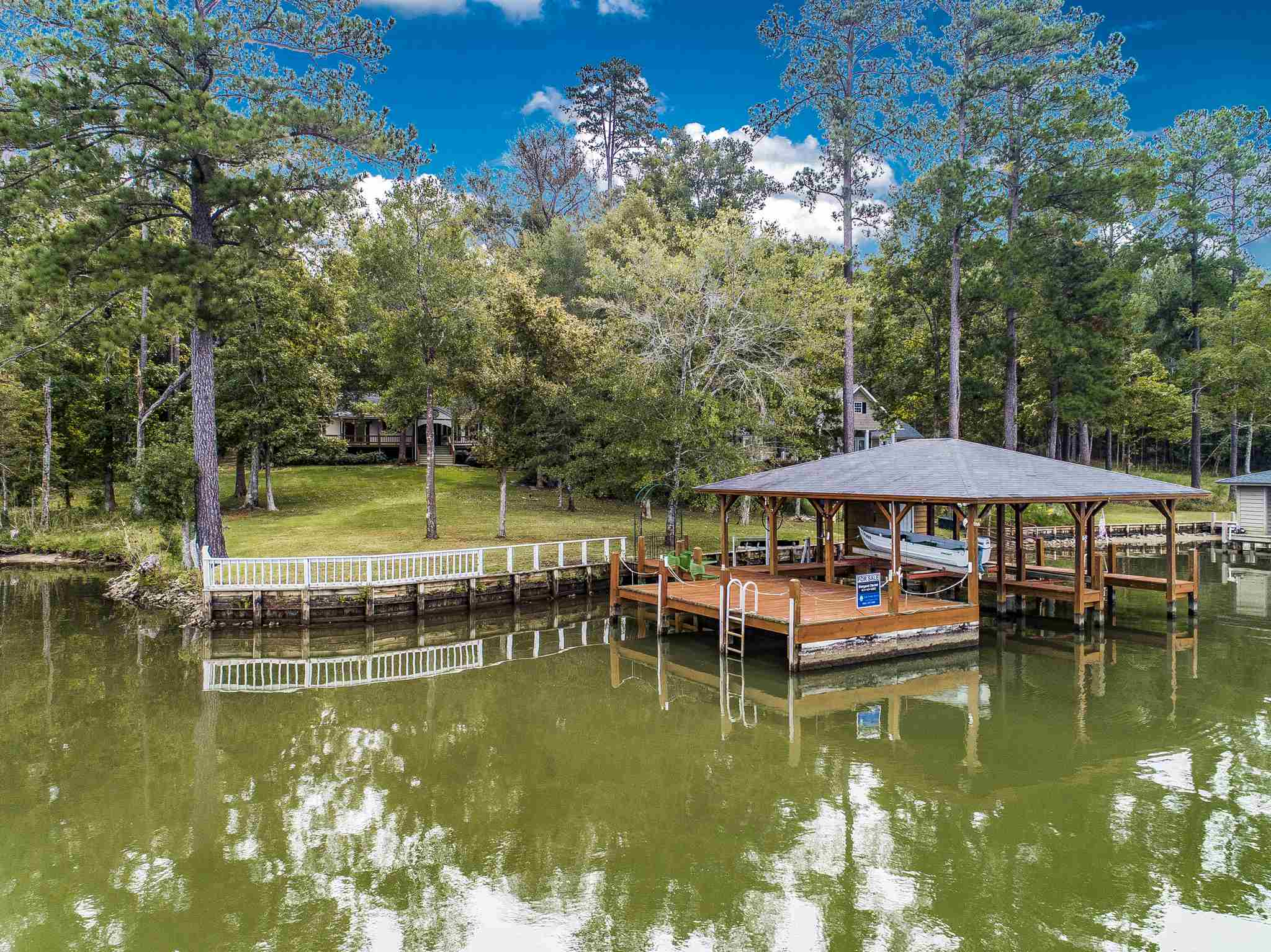 18 SYCAMORE LANE, Lake Sinclair, Georgia