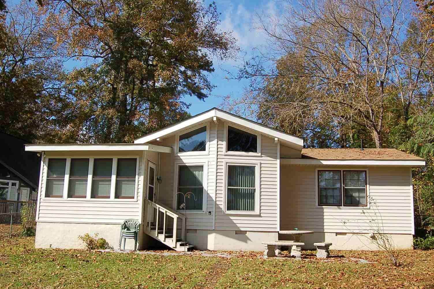 127 LITTLE RIVER VIEW ROAD, Lake Oconee in Putnam County, GA 31024 Home for Sale