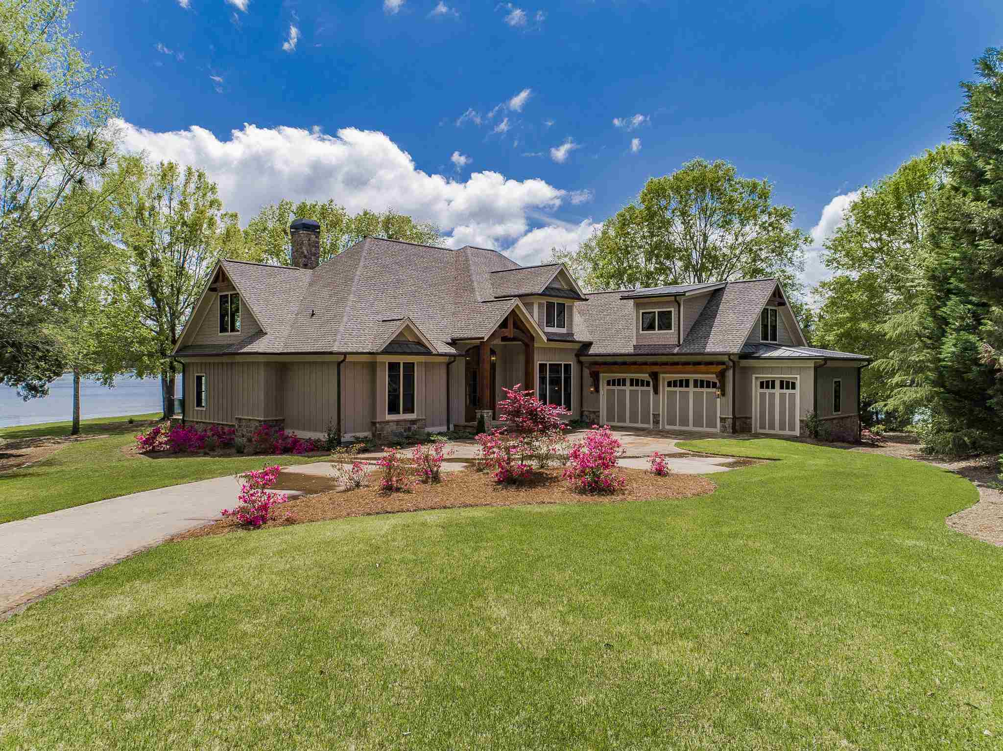 134 WILDWOOD DRIVE, one of homes for sale in Lake Oconee