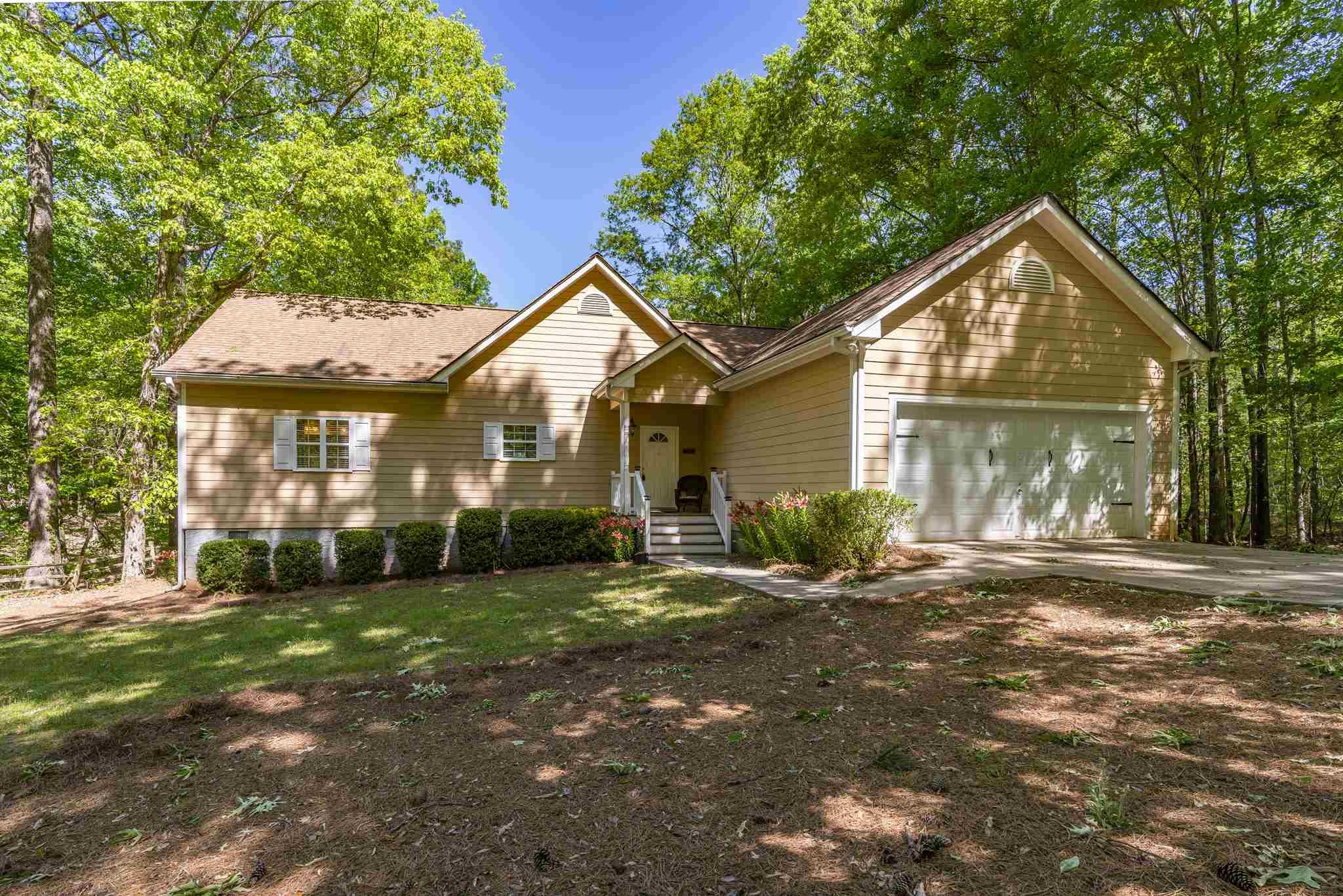 381 EAST RIVERBEND DRIVE, Lake Oconee in Putnam County, GA 31024 Home for Sale