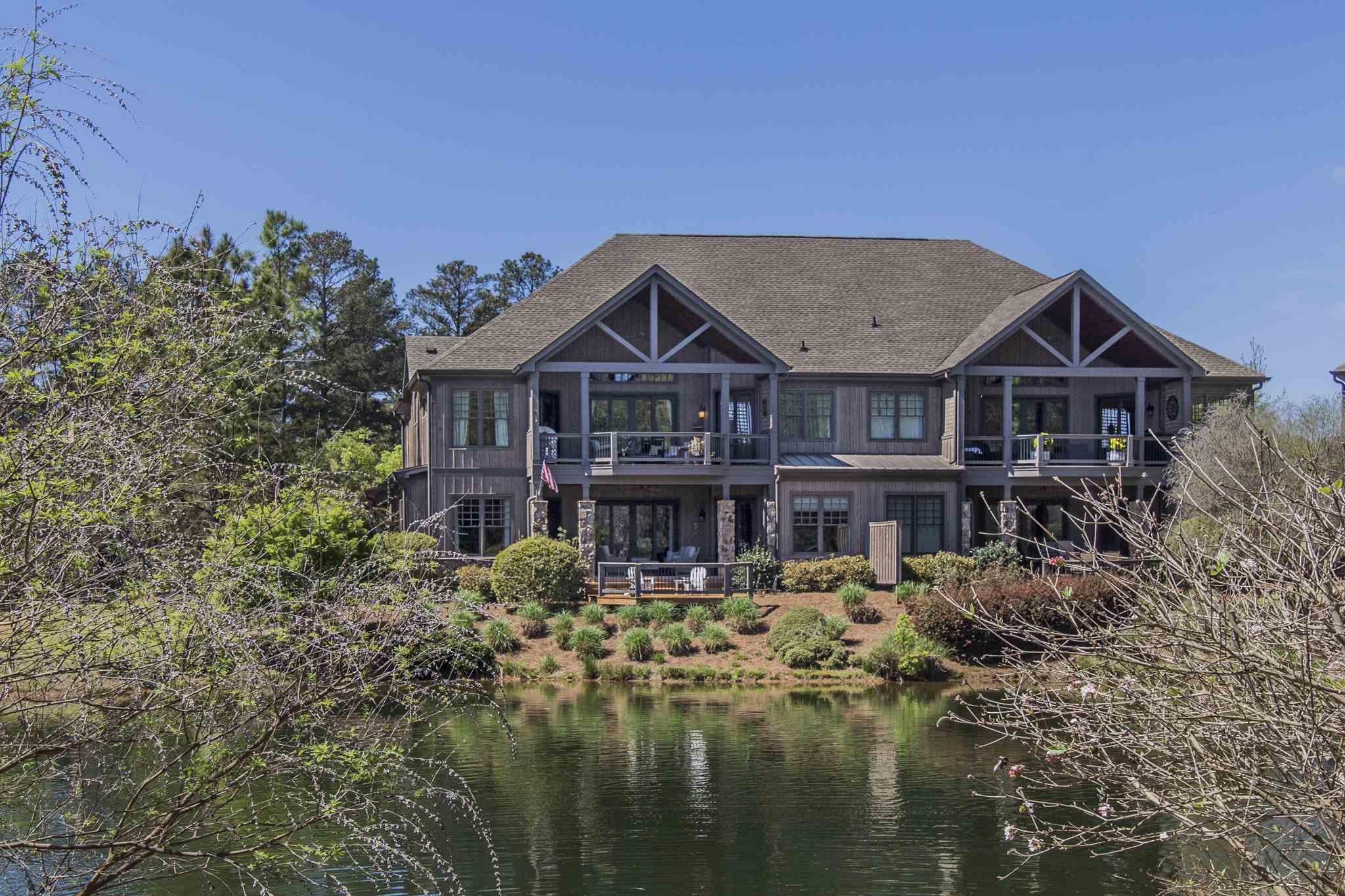 One of Lake Oconee 3 Bedroom Homes for Sale at 127 D ARBORS LANE
