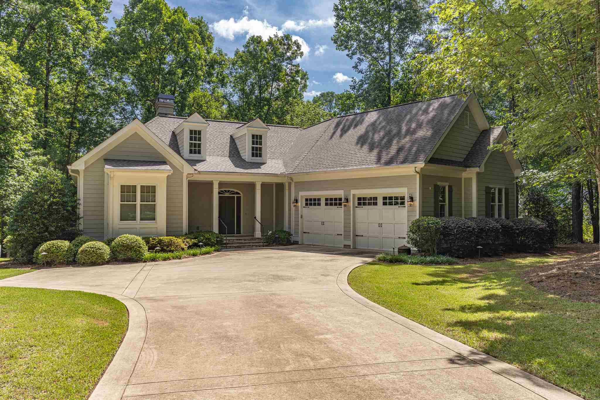 100 CALLENWOLDE COURT, Lake Oconee in Putnam County, GA 31024 Home for Sale