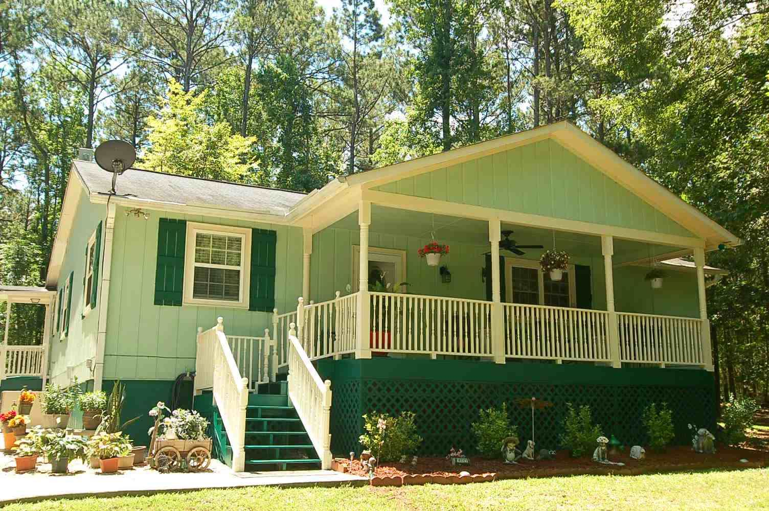1721 APALACHEE WOODS TRAIL, Lake Oconee in Morgan County, GA 30625 Home for Sale