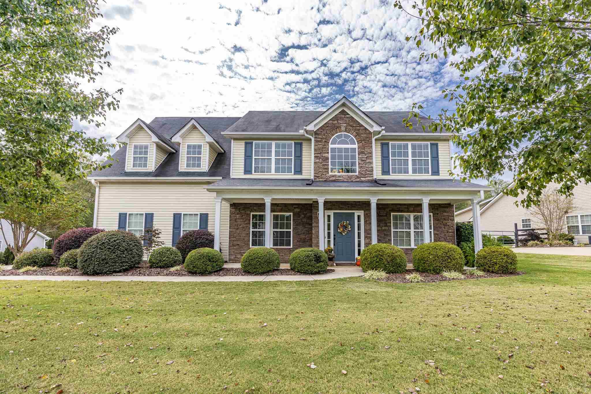 188 OAKWOOD DRIVE, Lake Oconee in Putnam County, GA 31024 Home for Sale