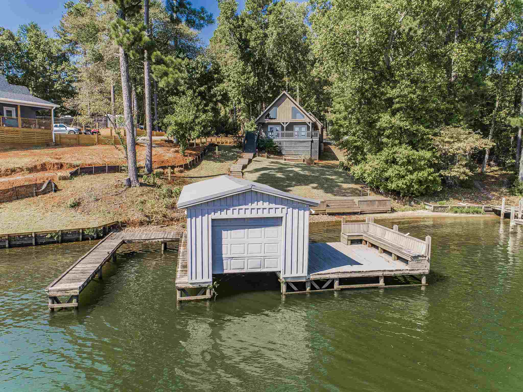 196 JACKSON ROAD, Lake Sinclair, Georgia