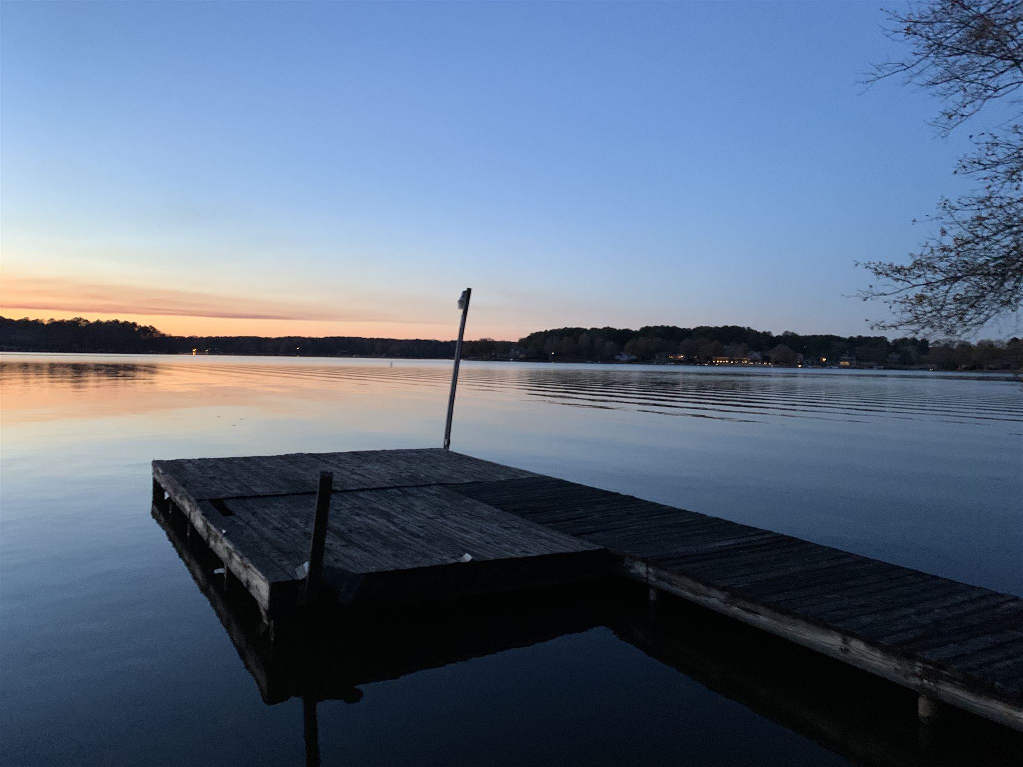 147 COLLIS MARINA ROAD, Lake Oconee in Putnam County, GA 31024 Home for Sale