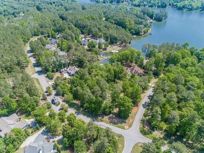 1731 LIGHTHOUSE CIRCLE PL, one of homes for sale in Lake Oconee Harbor Club