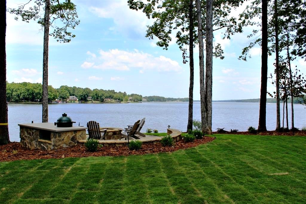 One of Lake Oconee Homes for Sale at 208 Eagles Way AS