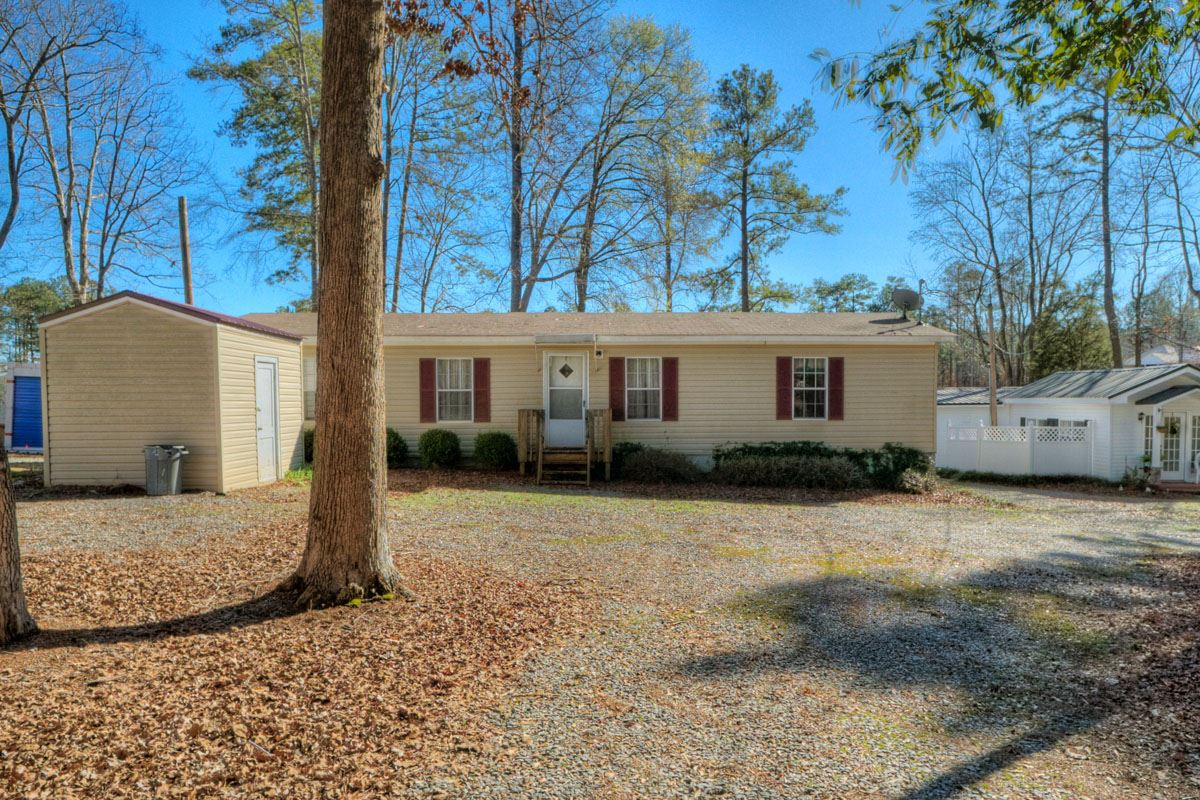 158 OAK LANE, Lake Sinclair in Putnam County, GA 31024 Home for Sale