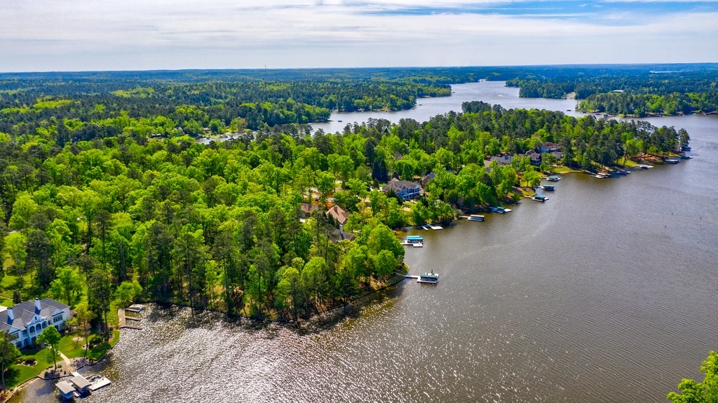 1021 OSPREY COVE AS, one of homes for sale in Lake Oconee Harbor Club