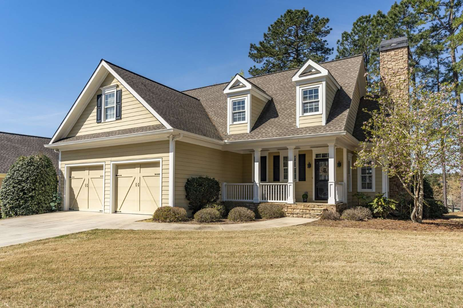 One of Lake Oconee Harbor Club 3 Bedroom Homes for Sale at 1071 HARBOR RIDGE DRIVE