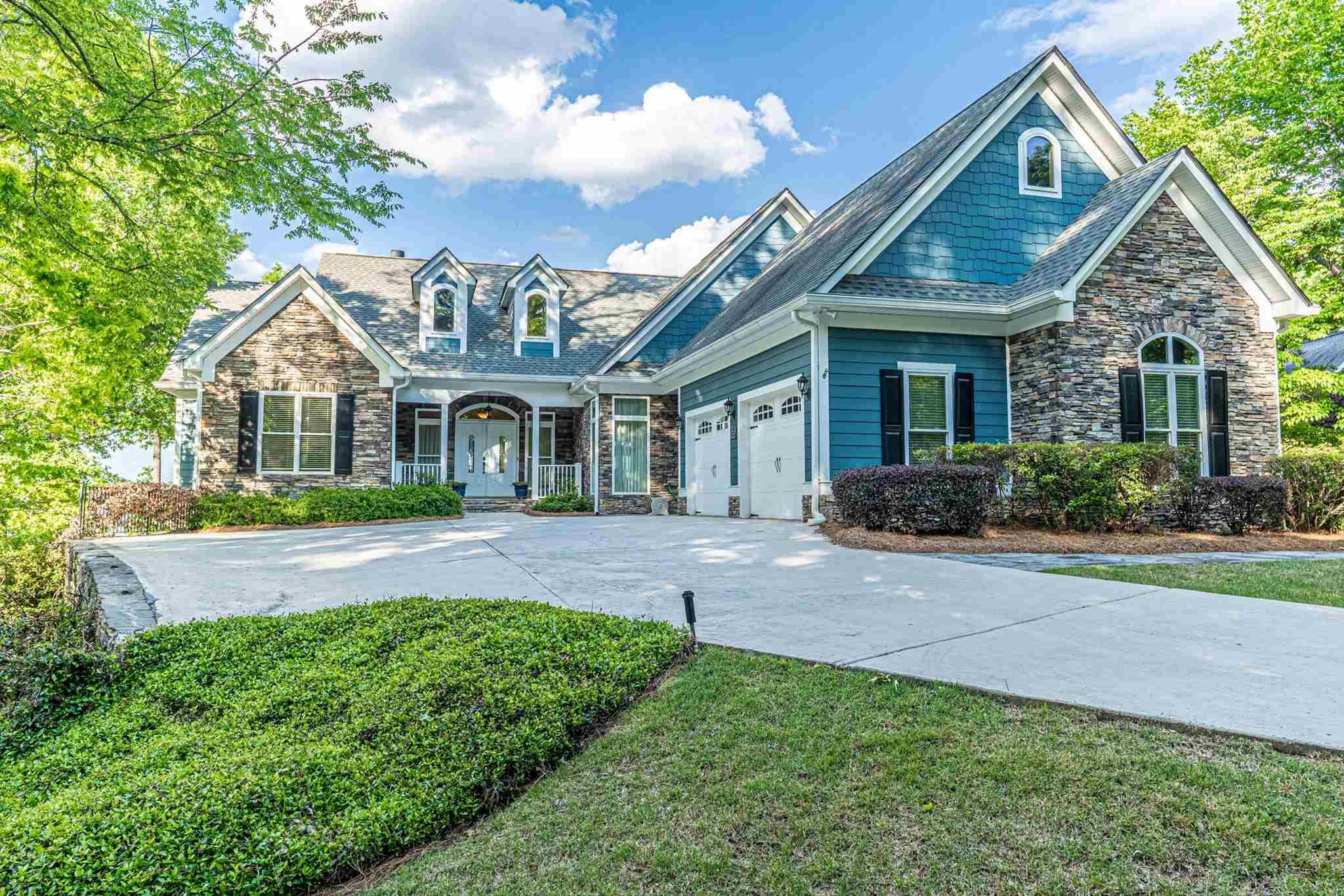 139 BLUE HERON DRIVE, Lake Oconee in Putnam County, GA 31024 Home for Sale