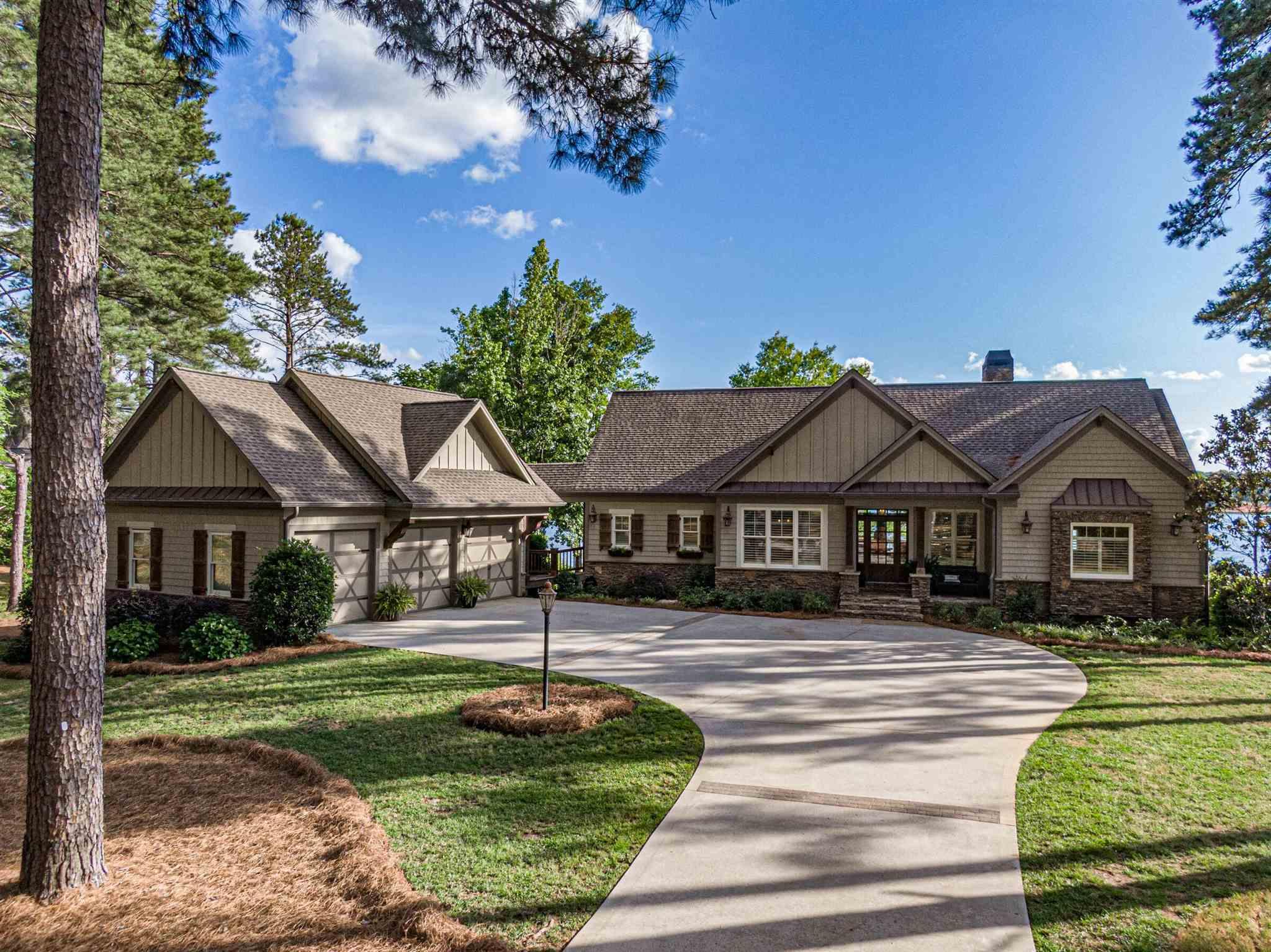 146 WILDWOOD DRIVE, Lake Oconee in Putnam County, GA 31024 Home for Sale