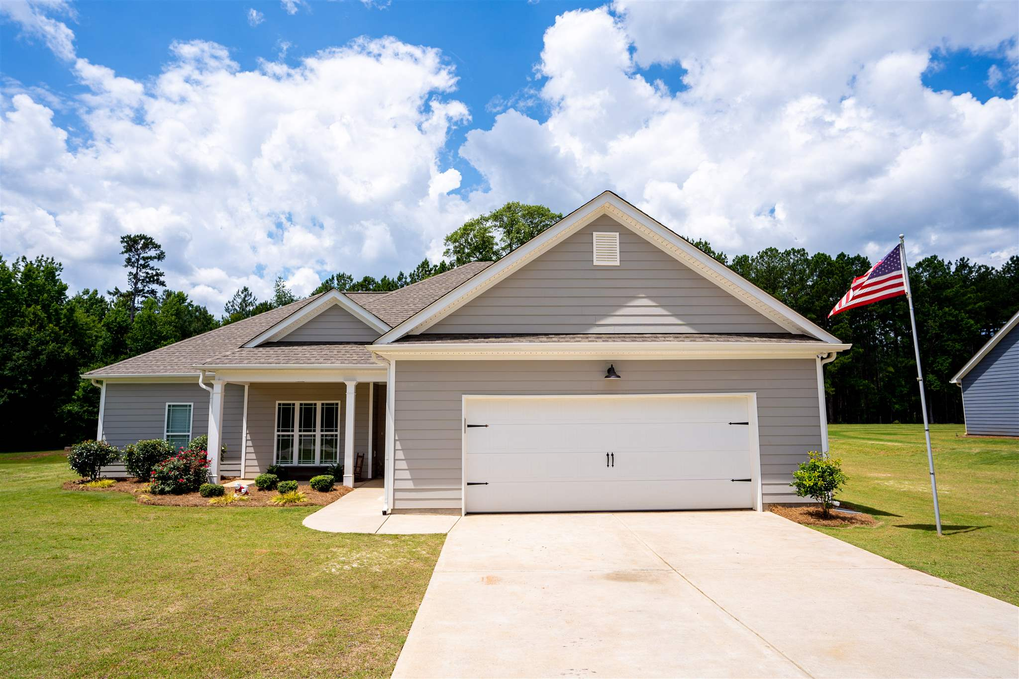 176 HUNTERS CHASE COURT, Lake Oconee in Putnam County, GA 31024 Home for Sale