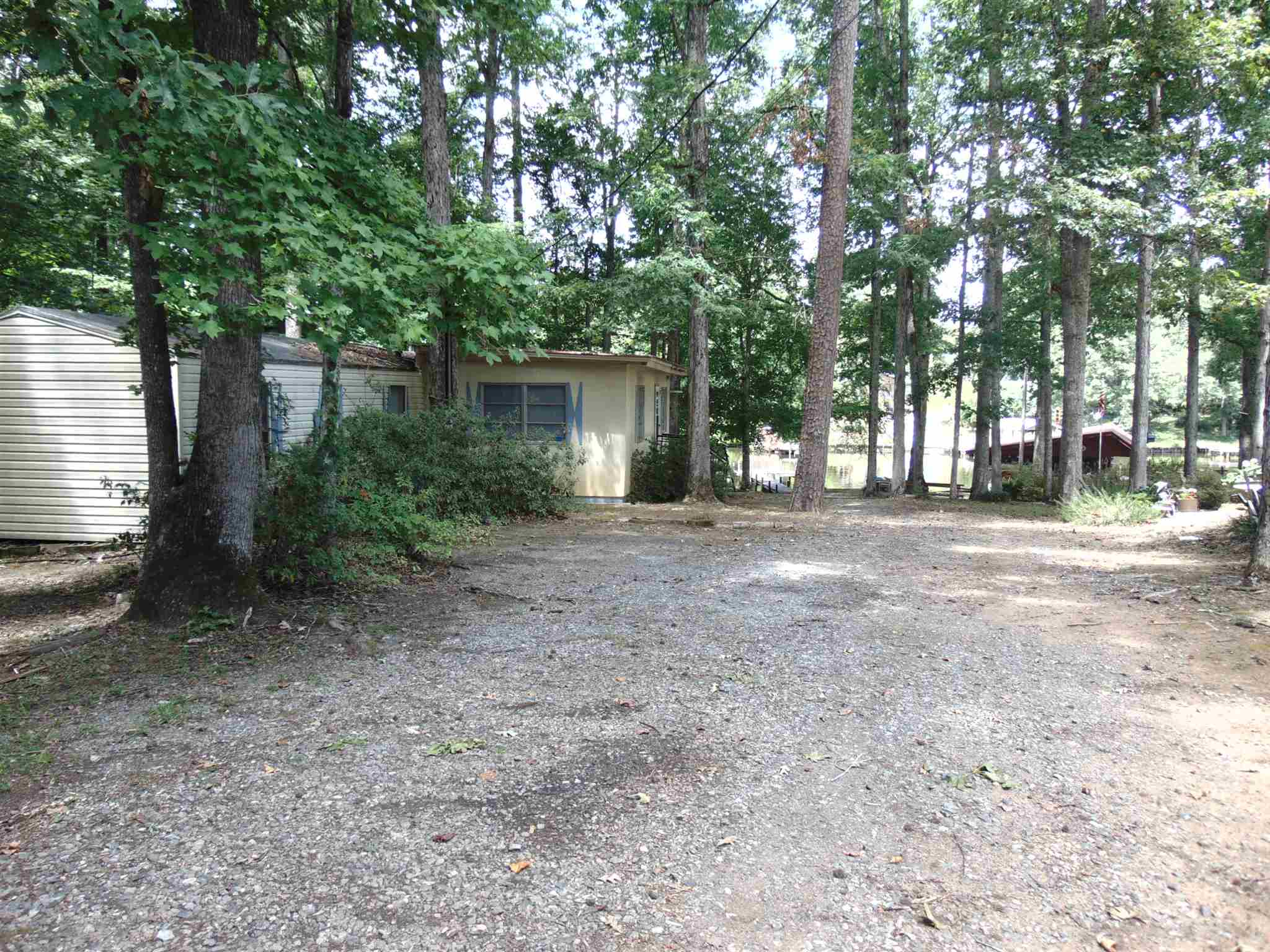 272 SHELTON DRIVE, Lake Sinclair in Putnam County, GA 31024 Home for Sale