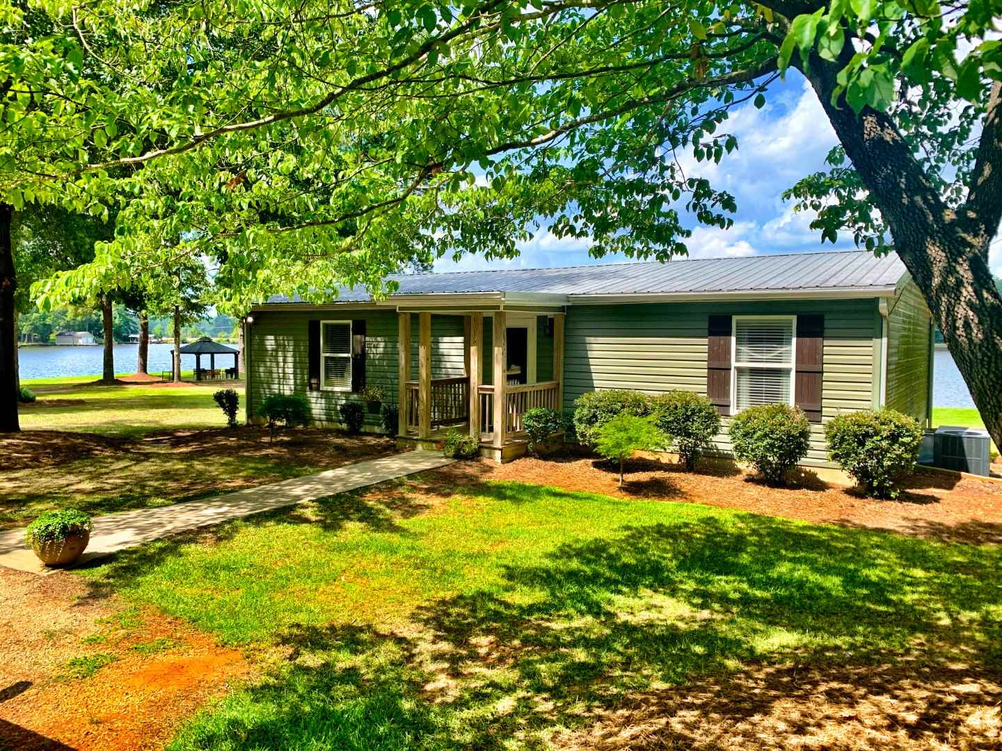 117 DAISY TRAIL, Lake Sinclair, Georgia