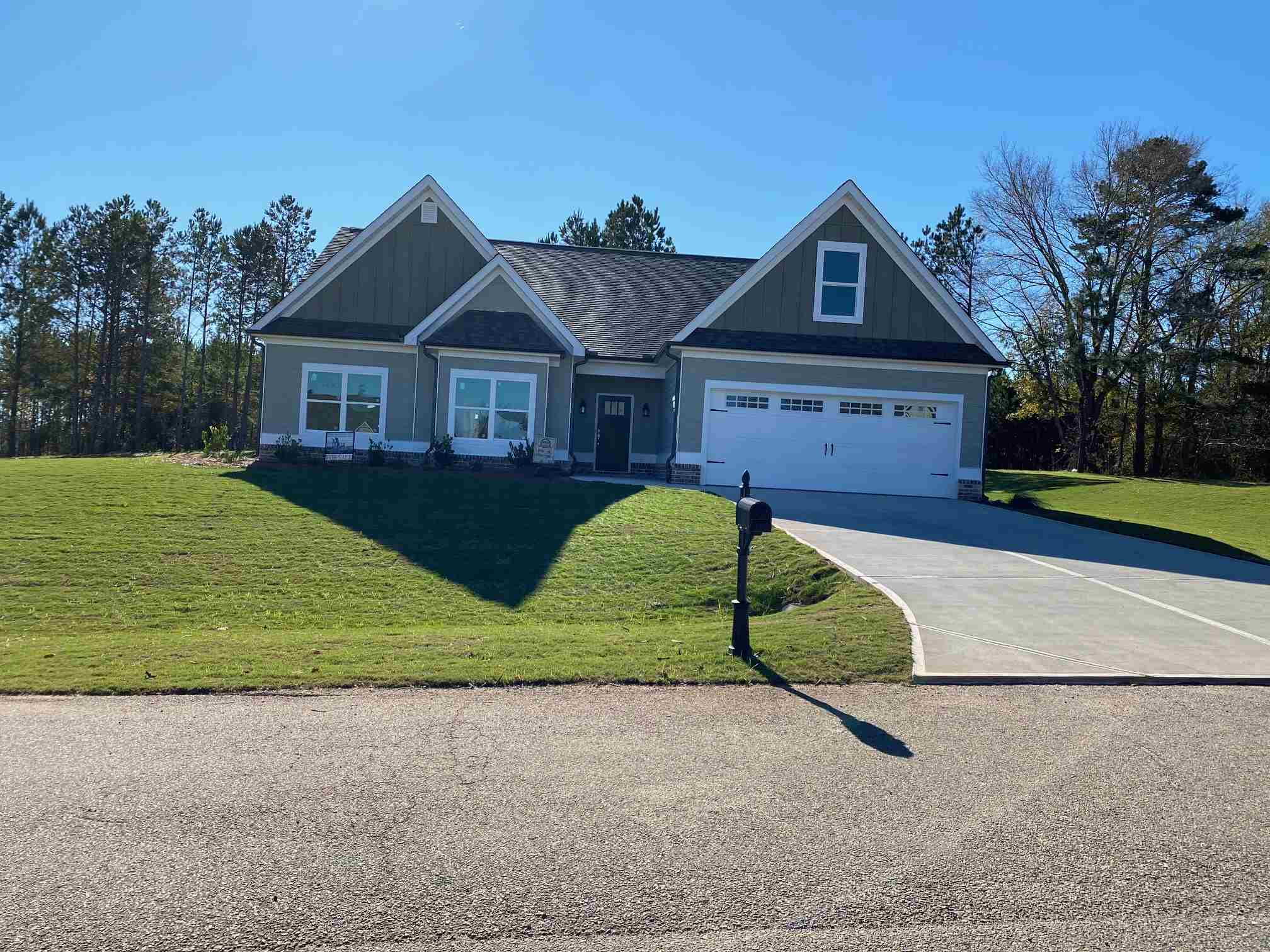 154 ALEXANDER LAKES DRIVE, Lake Oconee in Putnam County, GA 31024 Home for Sale