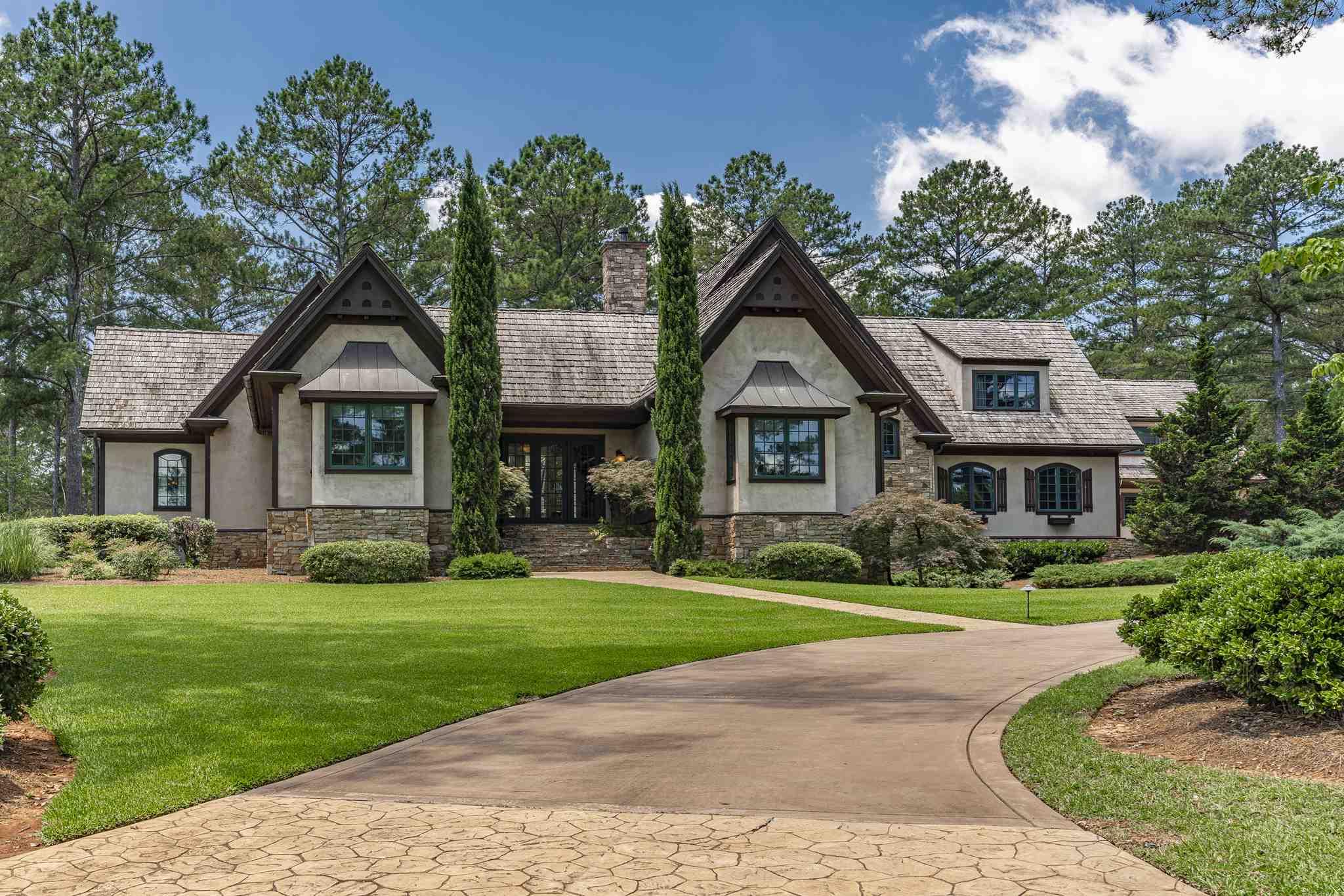 100 SPIRIT RUN, Lake Oconee in Putnam County, GA 31024 Home for Sale