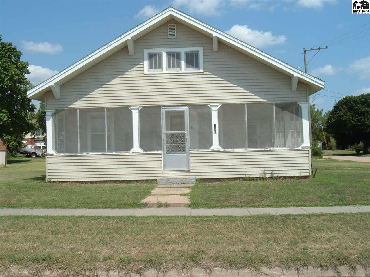 110 S Burns Ave, Turon, KS 67583